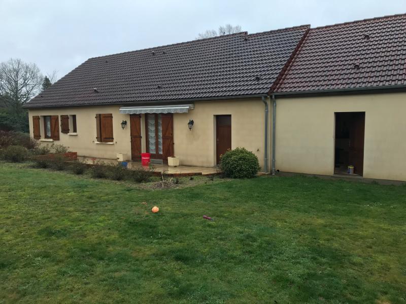 Vente  maison de plain-pied type 4+2 garages sur 2000 m² de terrain Gien 45 Loiret