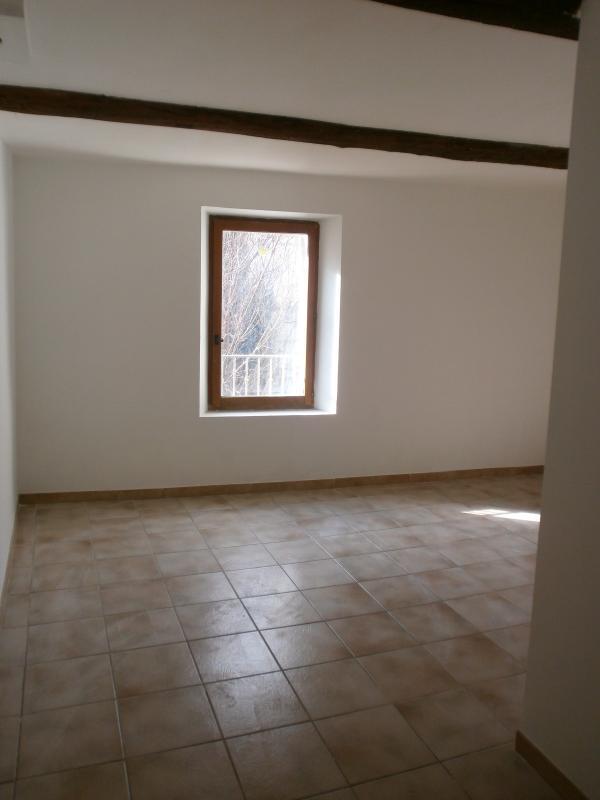 Vente Lumineux appartement T2 entièrement rénové RIANS 83 VAR