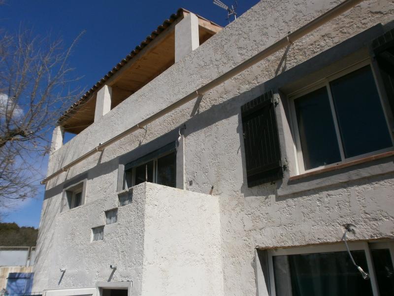 Vente Maison individuelle T5 avec dépendances dans hameau