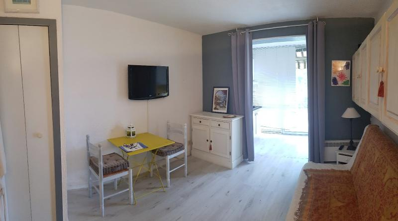 Vente Sanary, Studio cabine de 24 m² en rez de jardin 25 m², Terrasse 13 m², Parking, , Var 83