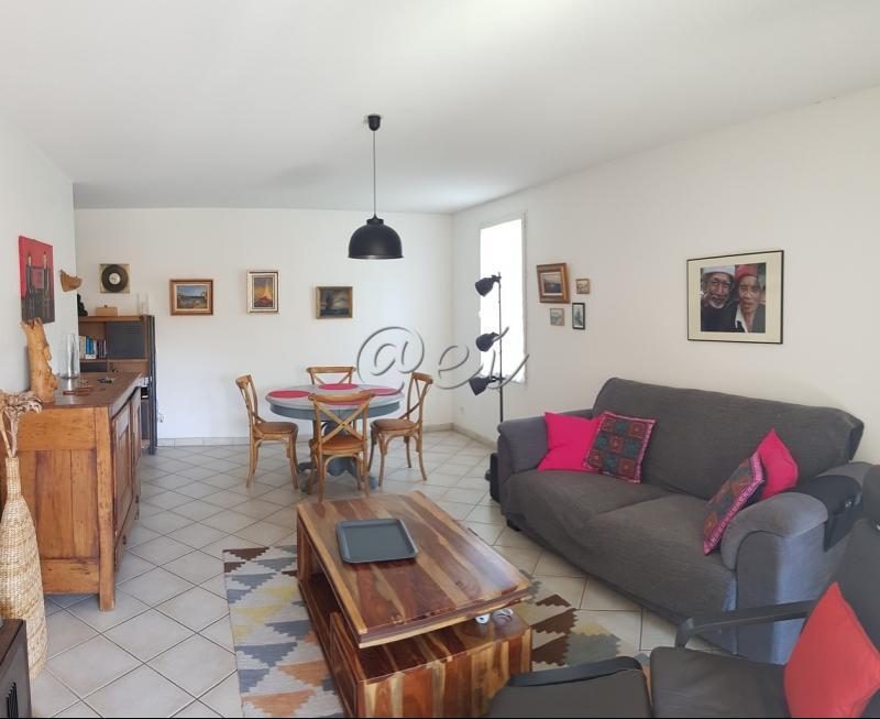 Vente SIX FOURS, appartement T3 68 m²,1er ét., séjour 25m², terrasse 15 m², garage, , var 83