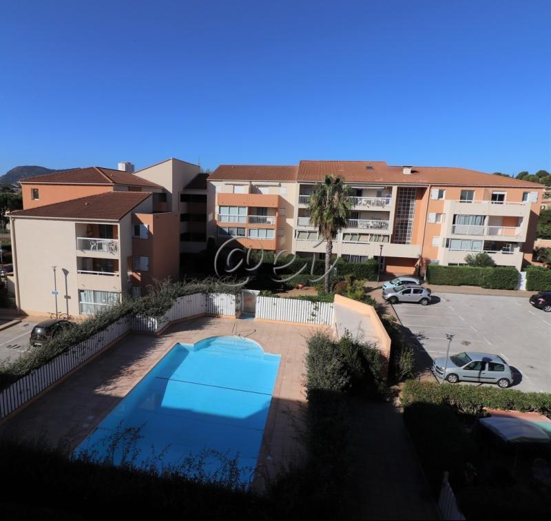 Vente La Seyne sur Mer, Tamaris, T2 de 60 m2,à 2mn des plages, veranda, parking, piscine, , Var 83