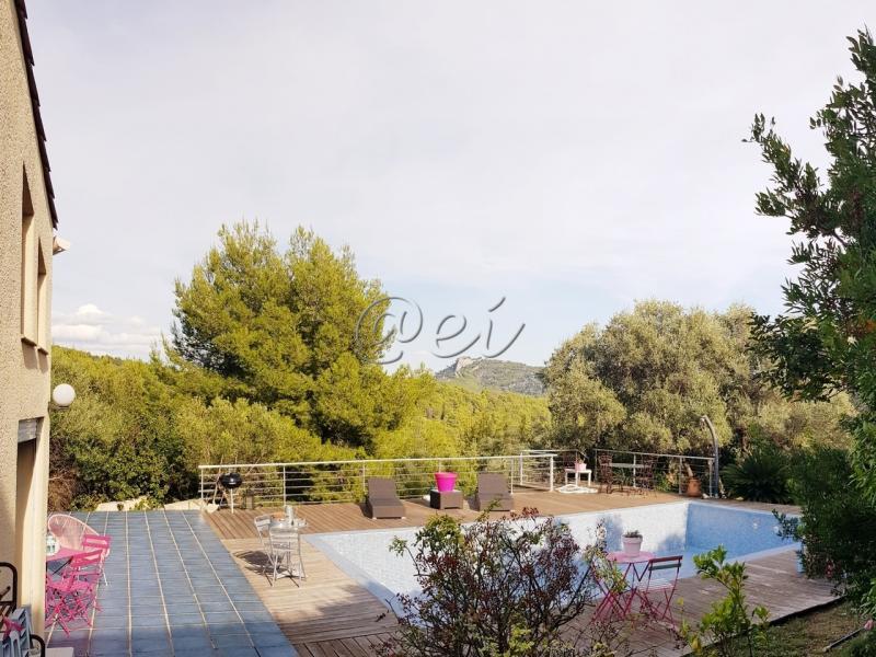 Vente Bandol, Villa 160 m² sur terrain 1530 m², Piscine, parking, cuisine US équipée, , Var 83