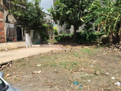 Terrain plat en plein bourg de 113 m2 proche du marché Agence Accord Immobilier, Martinique