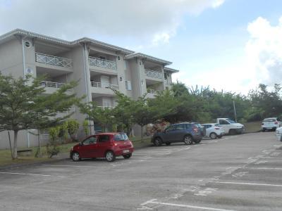 Lamentin Appartement F2 avec vue mer