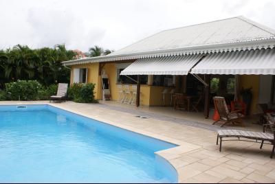 Superbe villa F5 avec piscine