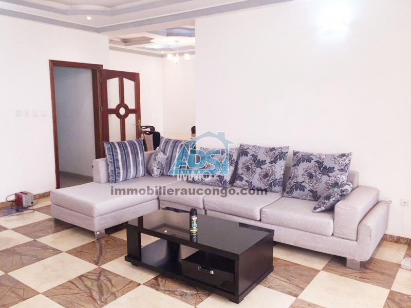 Appartement meublé de 3 chambres à louer à la Gombe