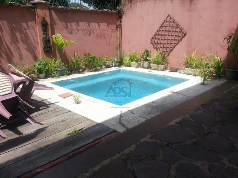 Jolie maison dans un secteur résidentiel de la Gombe