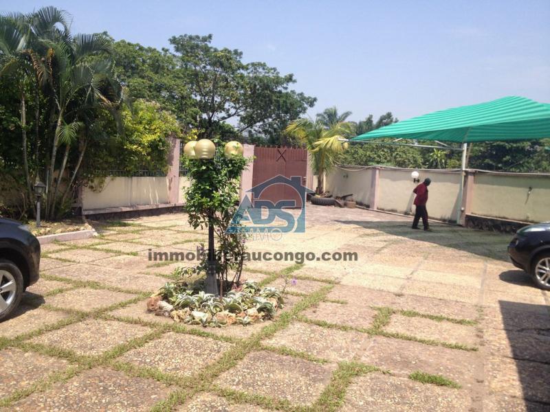 Ngaliema, petite concession de 2 villas