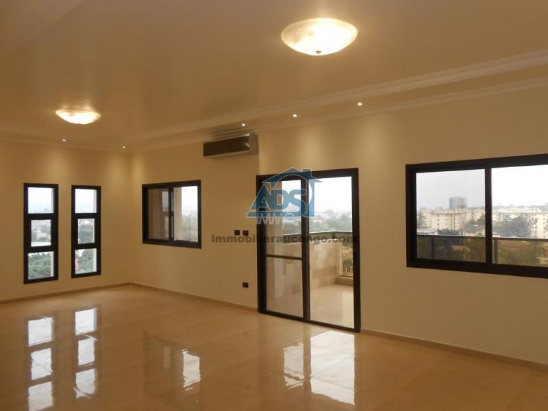 Bel appartement neuf 3 chambres à louer en centre-ville