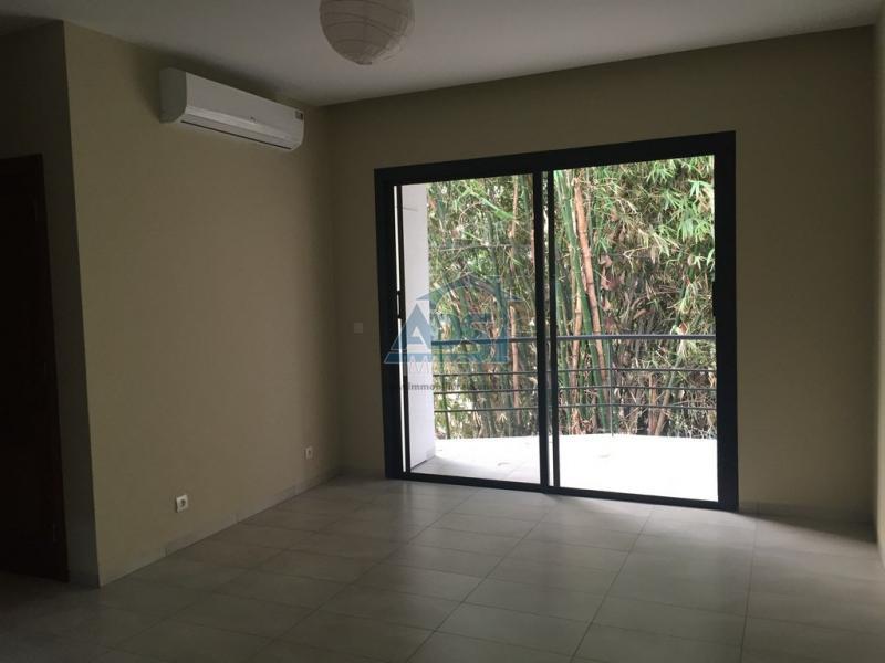 Appartement non meublé à louer à la Gombe