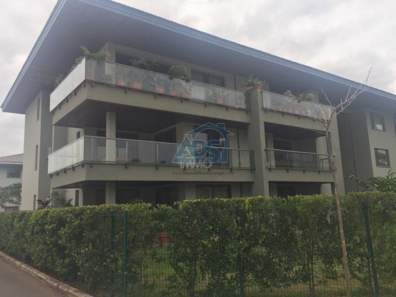Appartement neuf de 3 chambres à louer, Ngaliema