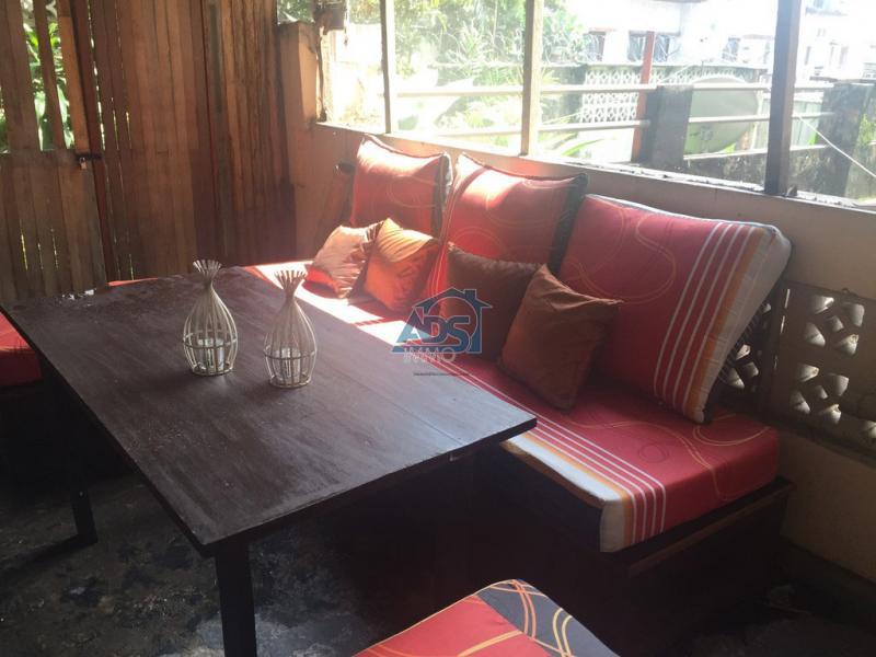 Appartement de 3 chambres à louer à la Gombe