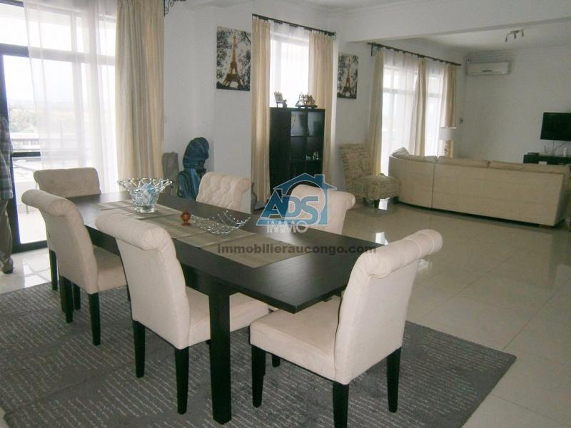 Penthouse de 3 chambres à louer, secteur GB