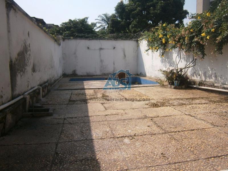 Maison de 3 chambres à la Gombe