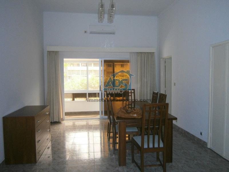 Superbe appartement 3 chambres à la Gombe