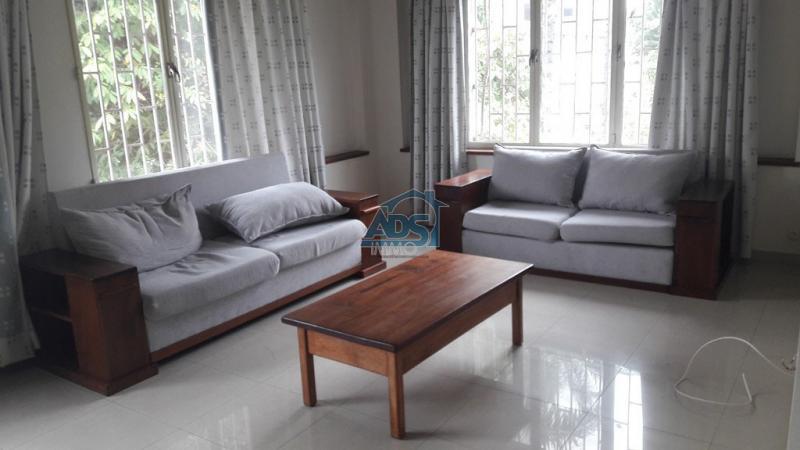 Appartement de 2 chambres en plein coeur de la Gombe
