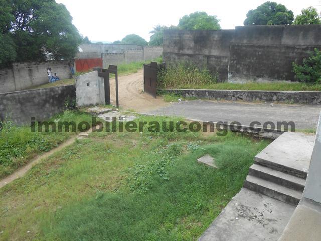 Ngaliema villa de 3 chambres vendre ngaliema binza for Achat maison kinshasa