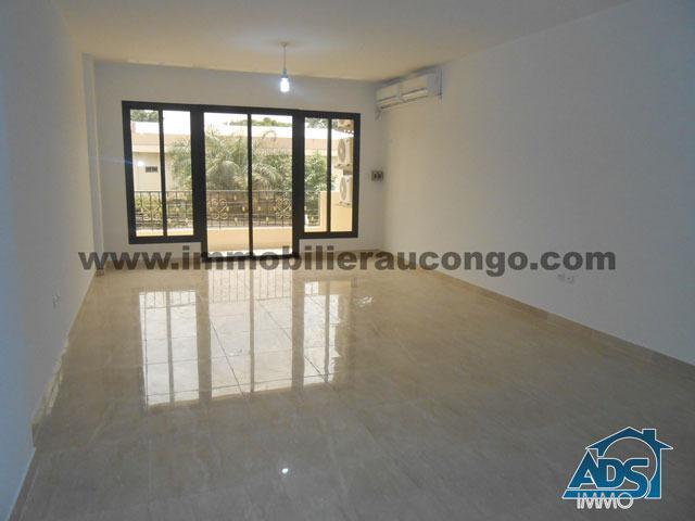 Appartement de 2 chambres à louer à Gombe