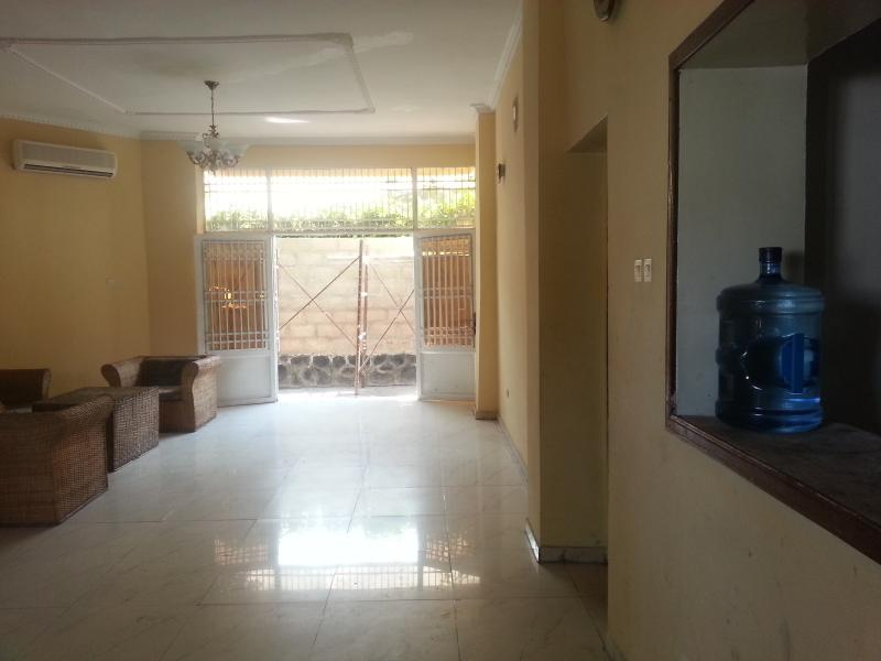 Villa d'une superficie de 450m² à vendre à Ngaliema