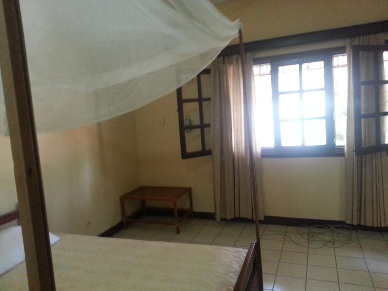 Ngaliema appartement meubl d 39 une chambre et d 39 une salle for Une chambre a louer