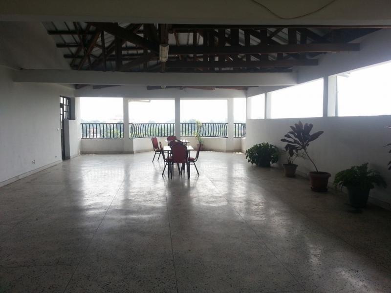Gombe, grand appartement meublé de 3 chambres