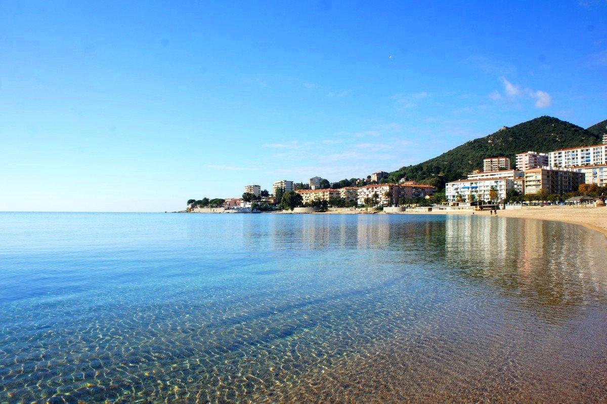 Corse du sud ajaccio rare albert 1er maison de ville 90m for Achat maison corse du sud
