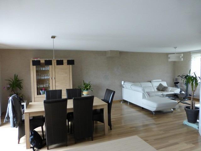 Maison individuelle de style moderne au bord des eaux for Au bureau henin beaumont