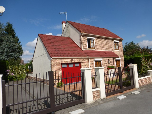 Maison individuelle avec sous sol h nin beaumont for Prix construction maison avec sous sol total