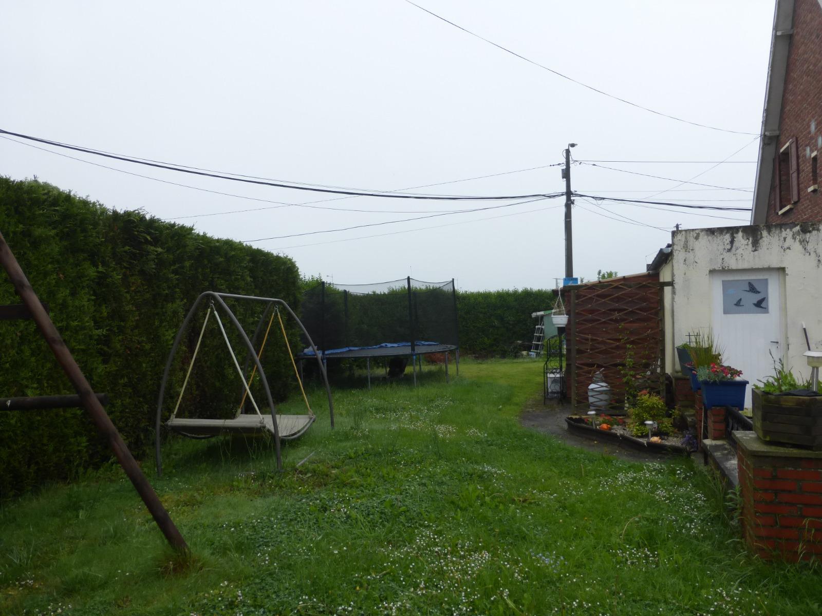 Maison semi individuelle 3 chambres jardin et garage for Maison plus henin beaumont