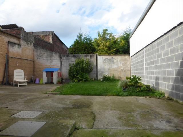 maison individuelle aux volumes g n reux avec garage 2 vl et jardin billy montigny. Black Bedroom Furniture Sets. Home Design Ideas