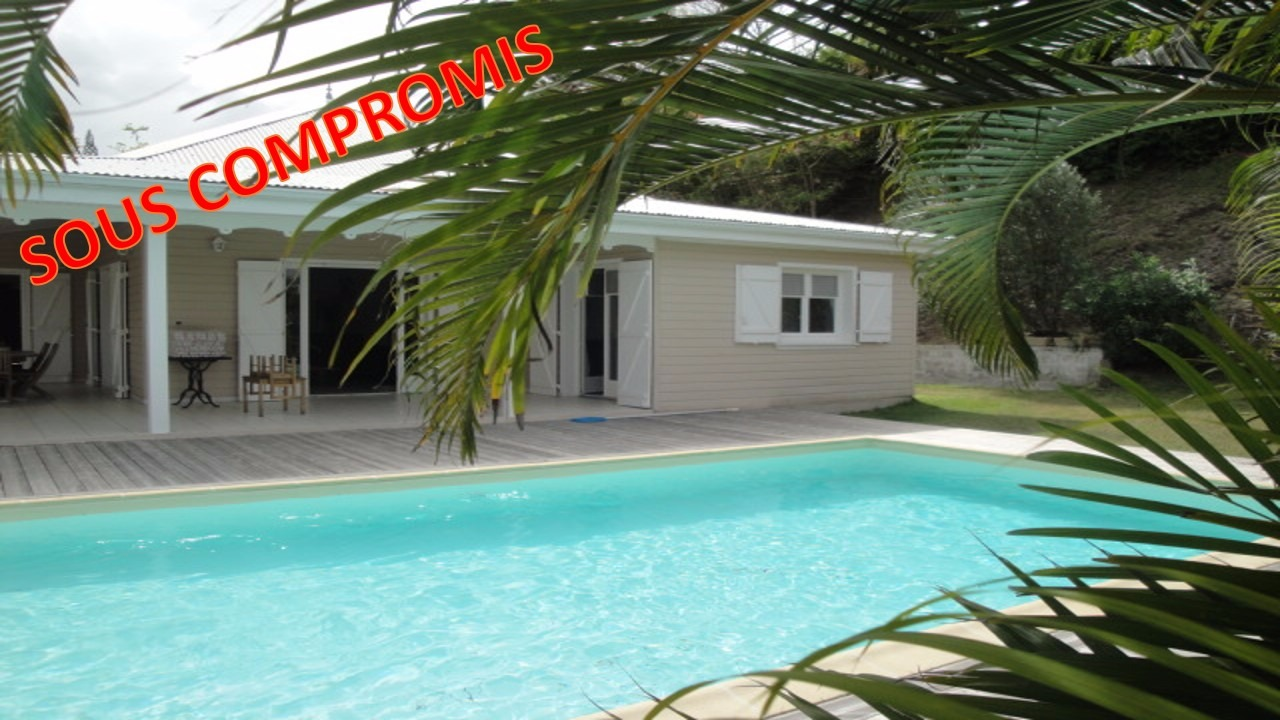 Le francois pointe thalemont agreable villa f5 de plain for Piscine vitry le francois