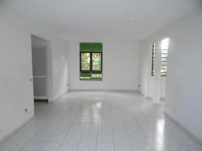 FORT DE FRANCE : Exclusivité à Cluny T4 en Duplex au dernier étage + garage et cave