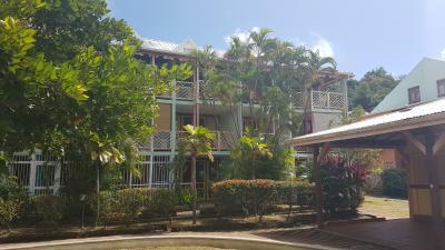 SAINTE ANNE : Exclusivité : Proche Club Med, Studio en rez-de-jardin aménagé et équipé