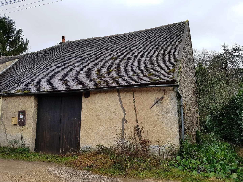 Pont-sur-Yonne, grange à aménager d'environ 85 m²