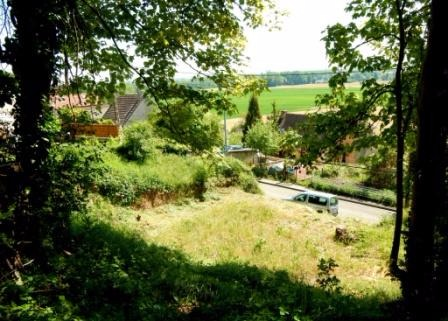 Aux portes de Montereau Fault Yonne, terrain à bâtir environ 874m²