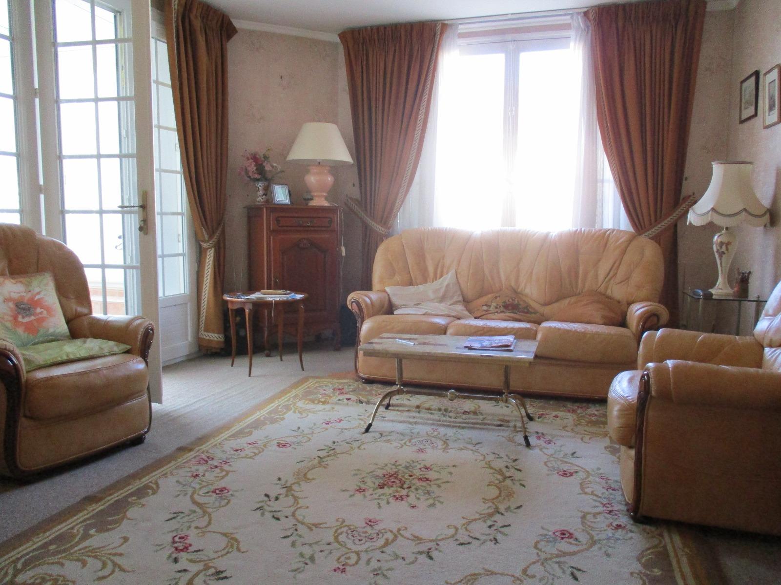 Sens, appartement de 90 m² - 6 pièces