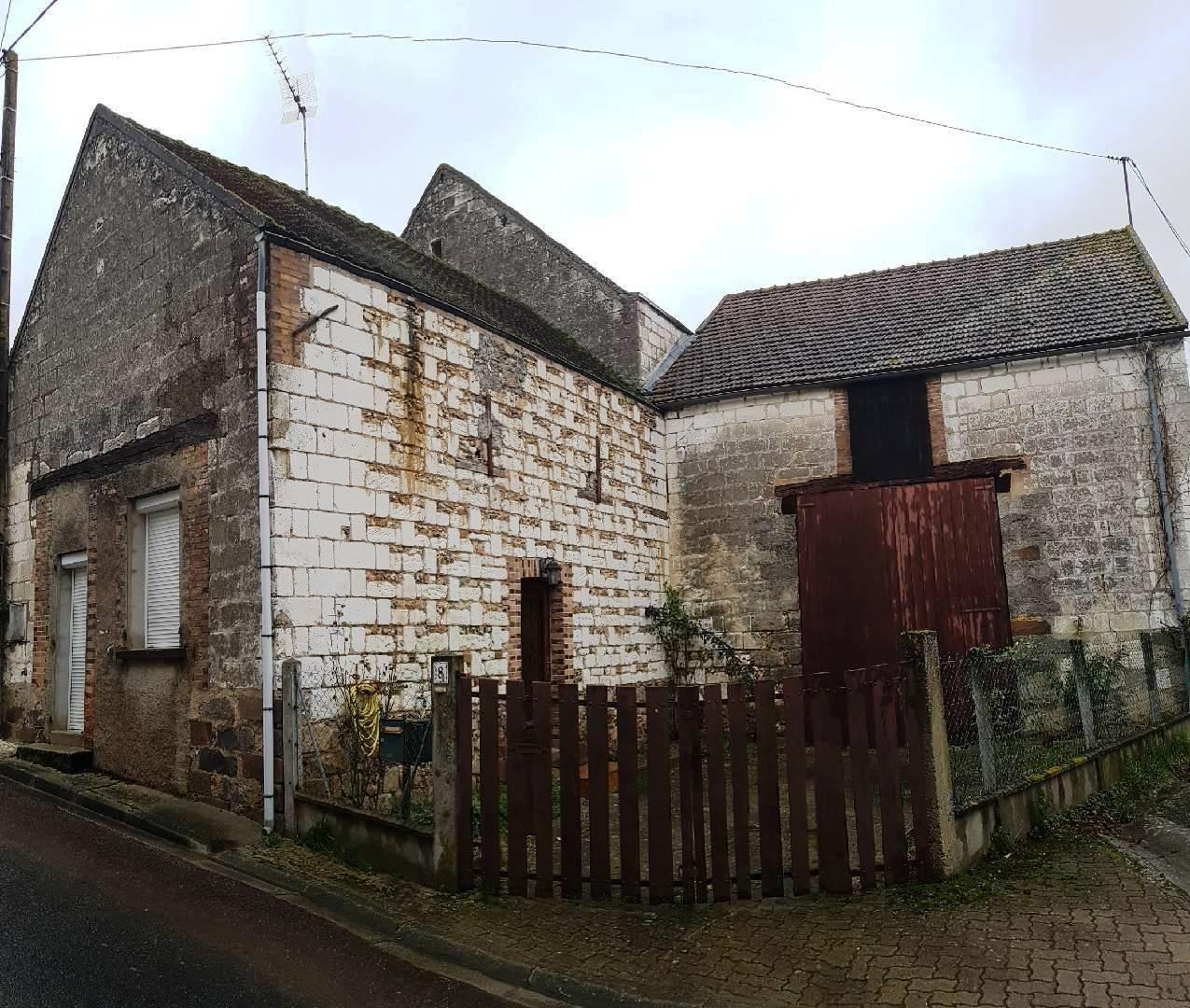 Aux portes de Pont-sur-Yonne, villageoise idéal 1er achat/locatif d'environ 65 m²