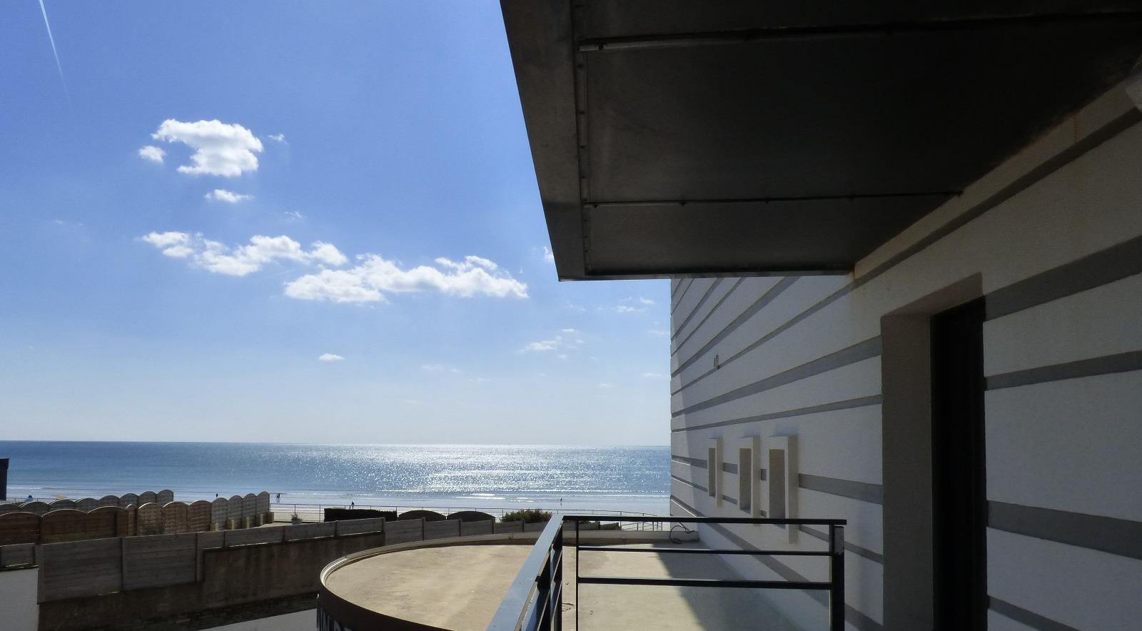st gilles croix de vie a vendre appartement ligible loi pinel d 39 clic immo st gilles croix. Black Bedroom Furniture Sets. Home Design Ideas