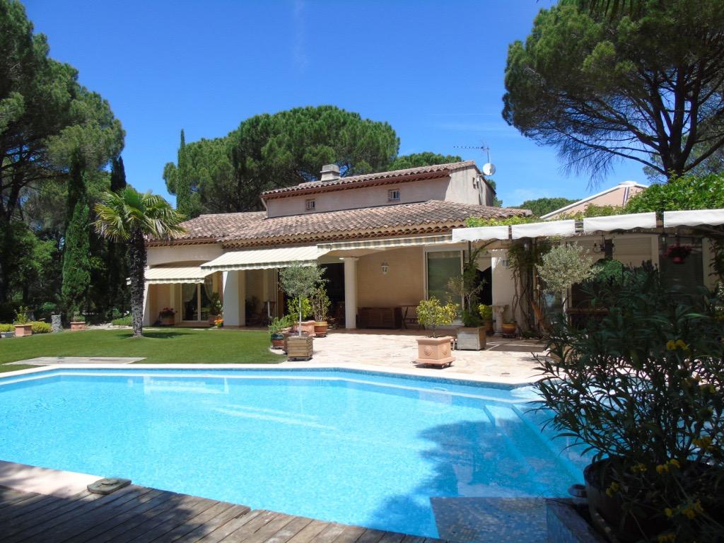 Vente maison individuelle vidauban 83550 200m avec 7 for Achat maison 2 notaires