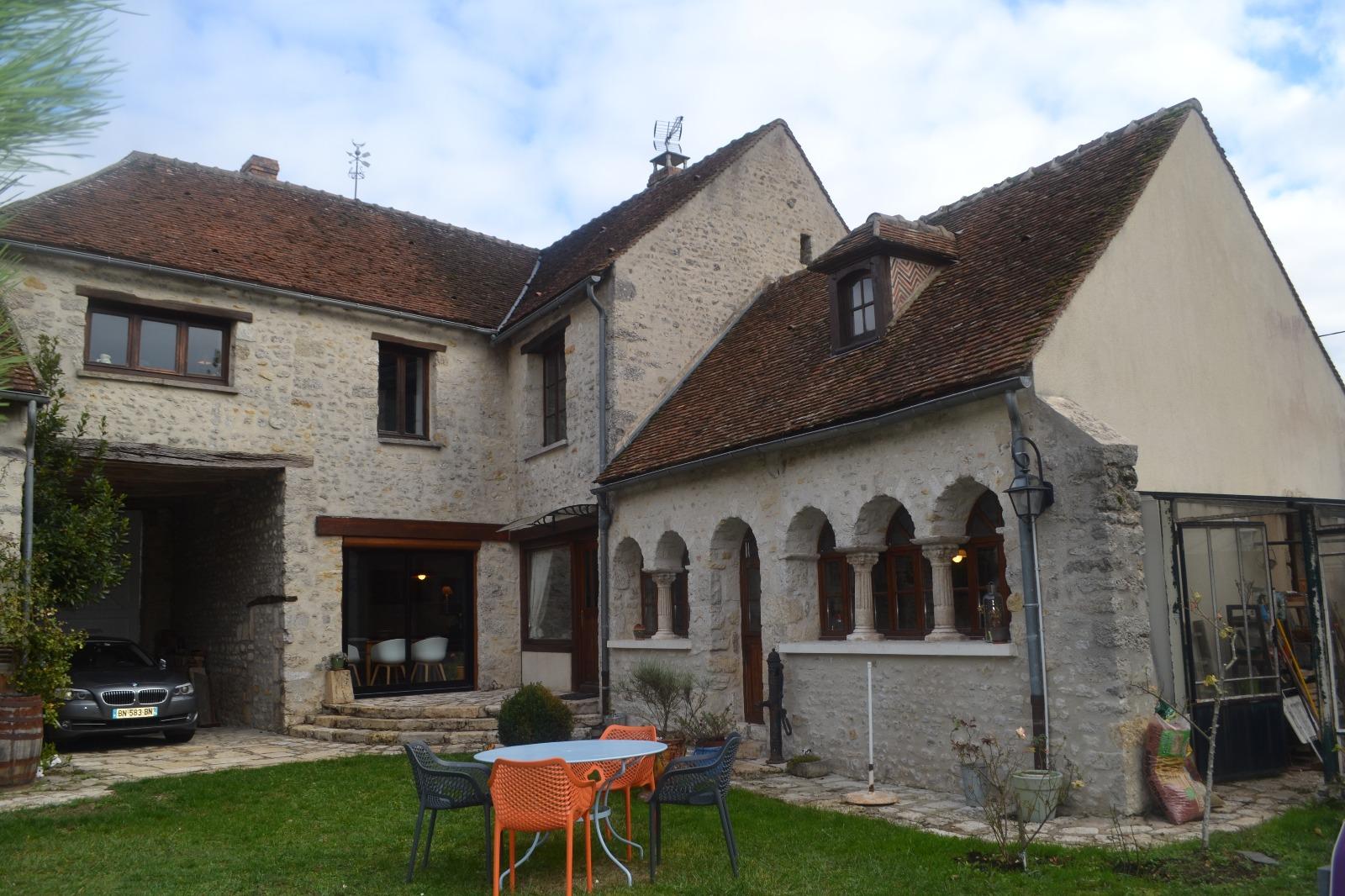 Maison ancienne de charme en pierre - Photos maisons anciennes ...
