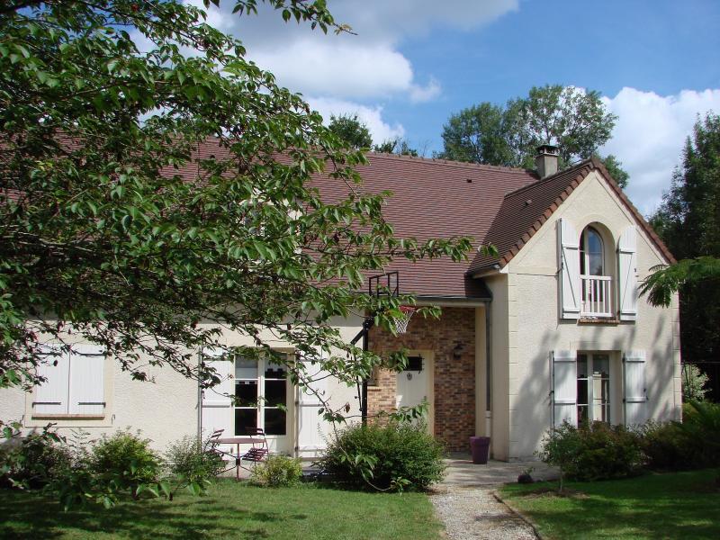 Maison traditionnelle secteur trois pignons, immobilier Seine-et-Marne, Agence Carre-Immo