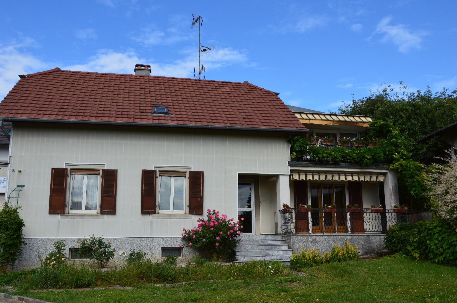 ASPACH Proche Du0027Altkirch: Spacieuse Maison Avec Dépendance