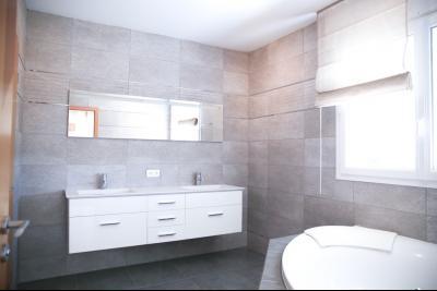Vue: salle de bains parentale, STERNENBERG - 20 minutes de Mulhouse, 5 minutes A36