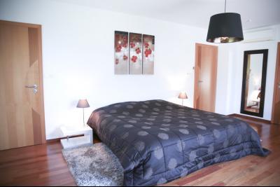 Vue: chambre parentale �tage , STERNENBERG - 20 minutes de Mulhouse, 5 minutes A36