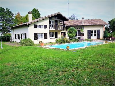 Vente SOUSTONS, Maison 170 m² - 7 pièces - 228 m² utiles