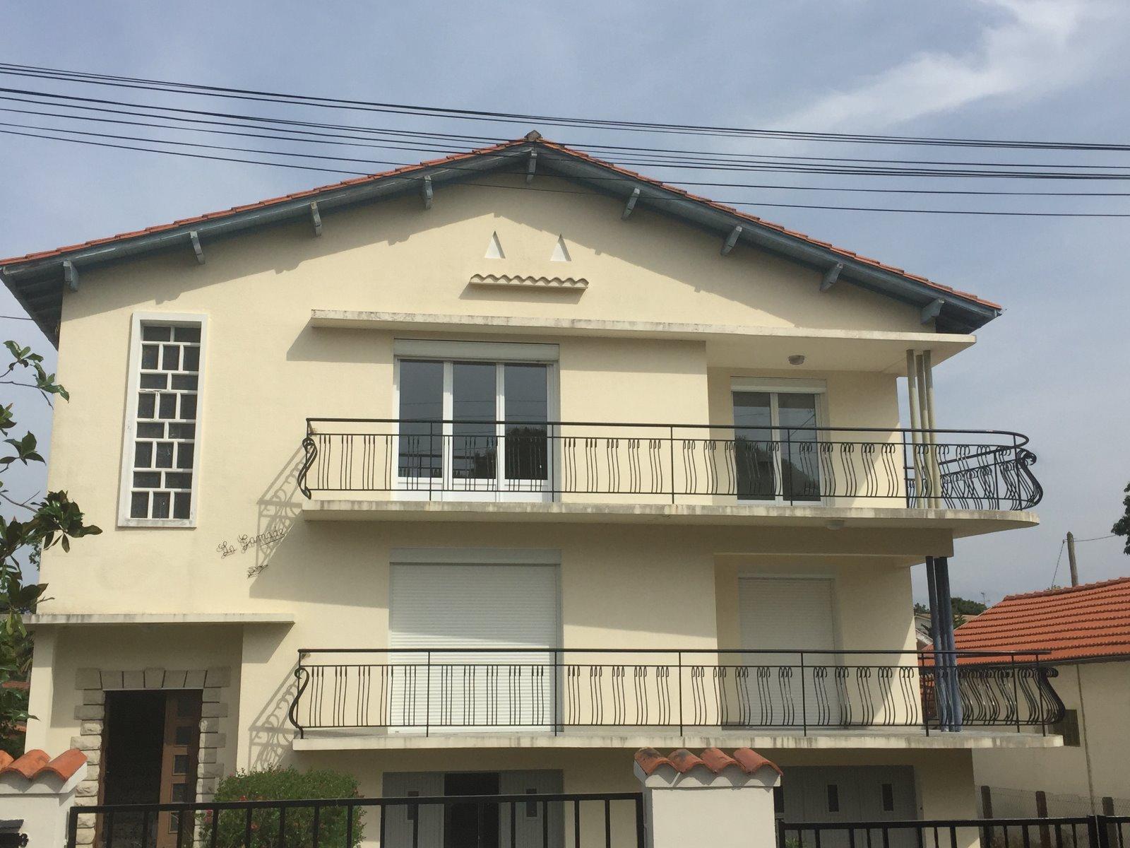 Location maison arcachon 33120 80m avec 4 pi ce s for Arcachon location maison