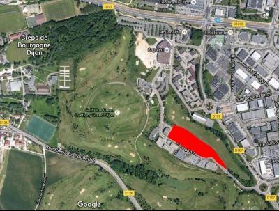 7 000 m² de terrain divisible à vendre  - au sein du Golf de Quetigny (Dijon Est)