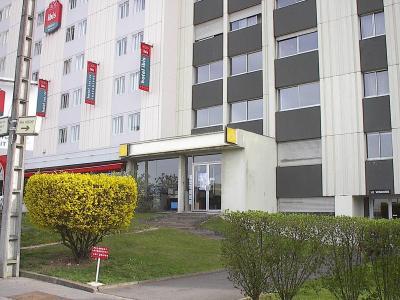 83 m² de bureaux avec vitrine à la location - Proximité Gare TGV - Dijon Centre