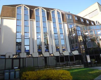 66 m² de bureaux à la location - Rue du Chapeau Rouge - Dijon Centre